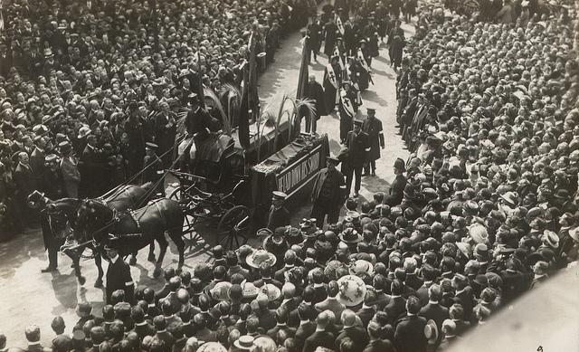 queen-victorias-funeral