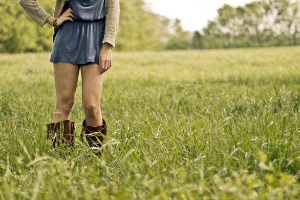 countrygirl-girl-legs-woman-53969
