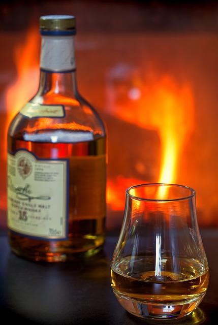 whisky-1872370_640